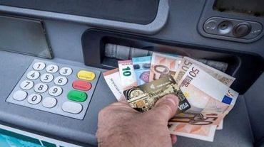 Les comptes bancaires des mules financières deviennent des lieux de blanchiment d'argent sale.
