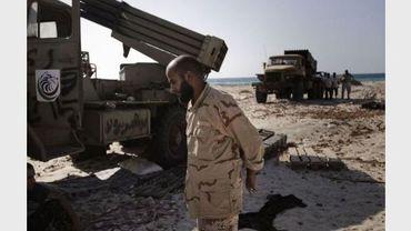 Un rebelle libyen aux abords de Brega le 10 août 2011