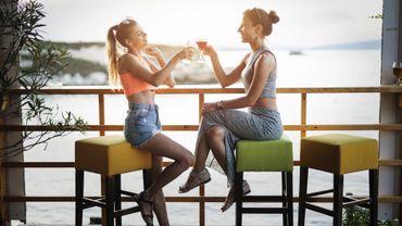 Coronavirus aux USA: la vente d'alcool dans les bars de Floride est suspendue