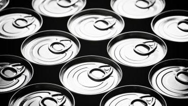 Des traces de bisphénol A subsistent dans les canettes et boîtes de conserve. ©pedrosala/Istock.com