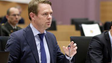 Hendrik Bogaert, membre du CD&V, a fait les comptes des deux derniers gouvernements fédéraux...