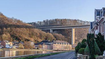 Des clôtures anti-suicide seront bientôt installées sur le viaduc Charlemagne