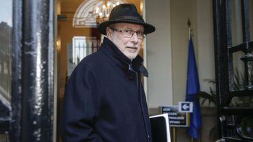 Le président du comité R, Guy Rapaille, a livré aux parlementaires un exposé retraçant le suivi du dossier.