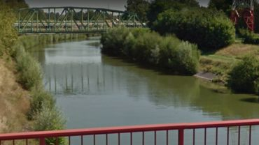 Le canal Nimy-Blaton