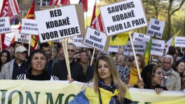 Manifestation de soutien aux combattants kurdes qui luttent contre l'Etat islamique en Irak et en Syrie