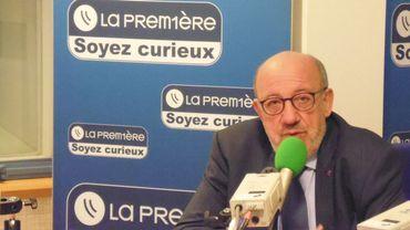 """Louis Michel: """"Il ne faut surtout pas changer le rôle d'influence du Roi"""""""