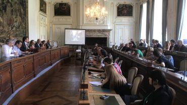 Première réunion pour le nouveau Conseil de la nuit de Liège