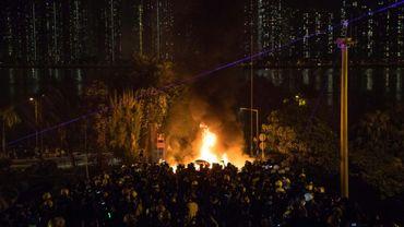 Affrontements entre policiers et manifestants à l'Université chinoise de Hong Kong dans la nuit du 12 au 13 novembre 2019