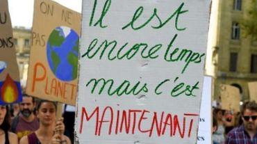 Une centaine de personnes ont marché pour le climat à Namur