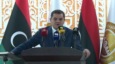 Libye: le chef du gouvernement de transition a prêté serment