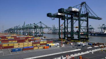 Le deuxième plus grand porte-conteneurs au monde à Anvers le 23 juillet