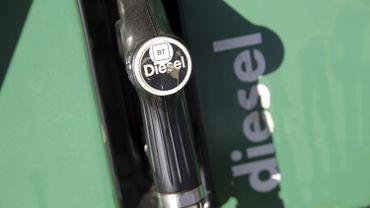 Un diesel plus cher dès mercredi à la pompe
