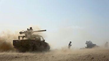 Combats dans la province de Marib au Yémen entre forces gouvernementales et rebelles, le 14 février 2021