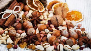 Les résultats indiquent que les personnes qui ont consommé des noix deux fois ou plus par semaine présentaient un risque de décès cardiaque réduit de 17%.