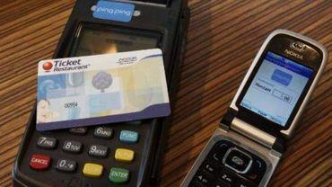 Les partenaires sociaux conviennent d'une généralisation du chèque-repas électronique