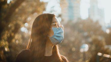 On en manquait déjà avant le confinement: la vitamine D, un moyen de se prémunir contre le coronavirus?