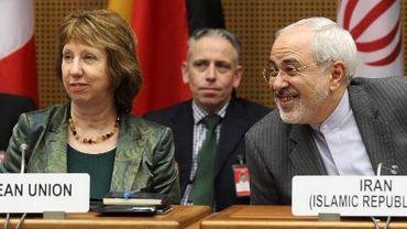 La chef de la diplomatie européenne Catherine Ashton et le ministre iranien des Affaires étrangères Javad Mohammed Zarif, le 18 février 2014 à Vienne