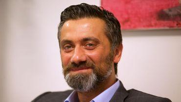 Ahmet Koç réfléchit à la création d'un parti pro-immigration