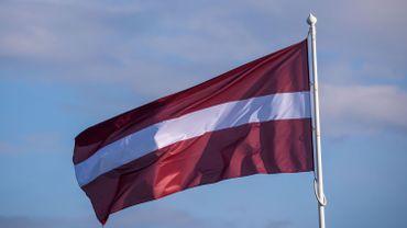 La Lettonie continue de décourager les déplacements à l'étranger, surtout dans 6 pays, dont la Belgique.