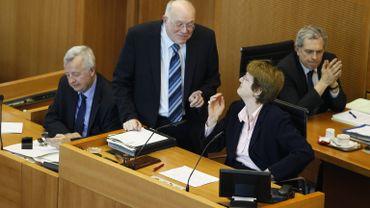 Le salaire des parlementaires bruxellois sera revu - quelque peu - à la baisse. Leur pension aussi mais de manière plus marquée, cette fois.