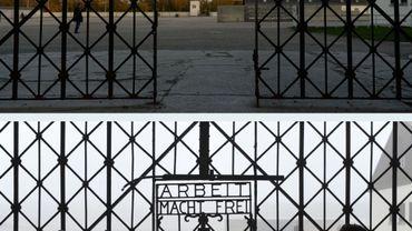 Comme à Auschwitz en 2009, la sinistre phrase a été dérobée la nuit dernière, cette fois à Dachau.