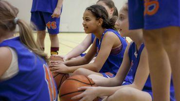 Développer le sport féminin avec le soutien-gorge.