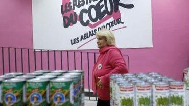 Plus d'image de Coluche pour les Restos du coeur belges