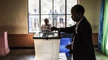 Au Rwanda, le vote ne devrait être qu'une formalité pour le président sortant Paul Kagame.