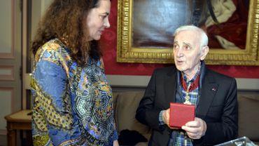 Christine Defraigne (MR) et Charles Aznavour