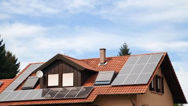 Panneaux photovoltaïques: les prosumers seront dispensés de redevance pendant deux ans