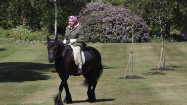 La reine Elizabeth II sur son cheval