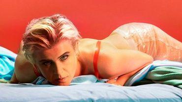 """Robyn viendra défendre son nouvel album """"Honey"""" lors d'une tournée en Amérique du Nord et en Europe."""