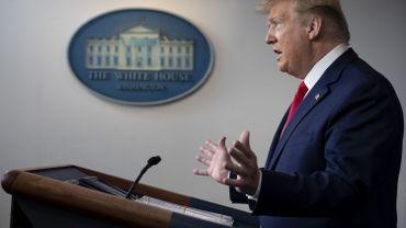 """Coronavirus: Trump met en garde la Chine contre d'éventuelles """"conséquences"""""""