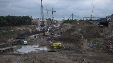 L'écluse de Lanaye est le plus grand chantier de génie civil en Wallonie.