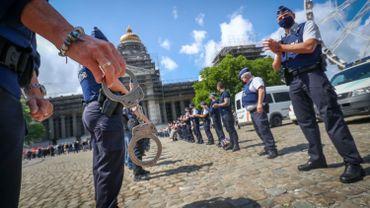 Les violences à l'encontre des policiers ne pourront plus être classées sans suite