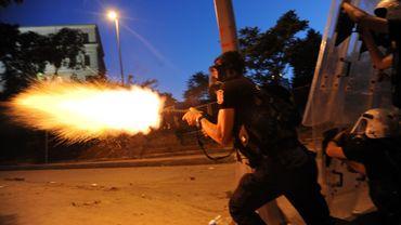 Affrontements entre police et manifestants à Istanbul