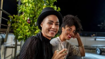 Enquête au bar lesbien : le genre et la sexualité s'invitent au comptoir