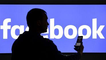 Etats-Unis: Facebook déboursera 650millions de dollars pour clore un litige sur la vie privée