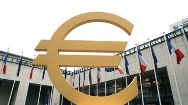 La Commission européenne inquiète de la dette italienne, un risque pour toute la zone euro