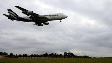 avion à Liège-Airport