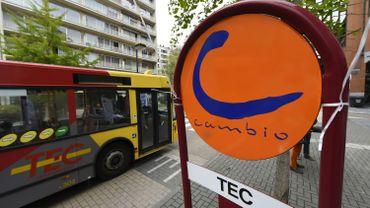 Arrêt TEC et Cambio à Namur.