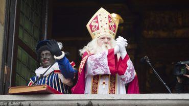 Saint-Nicolas accompagné du Père Fouettard