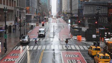 Aux Etats-Unis, le bilan s'alourdit encore, New York l'épicentre