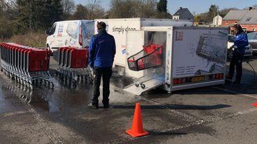 """Sur le même principe que le car wash automatique, voici le """"caddie wash"""" !"""
