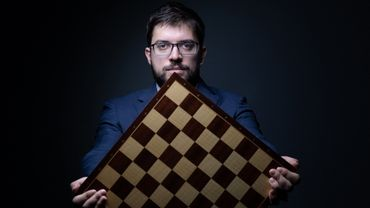 MVL, champion d'échecs hors des cases.