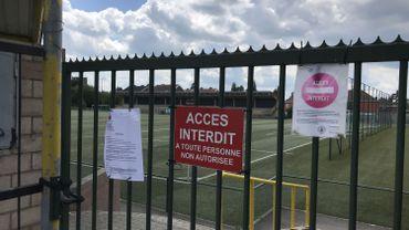 Personne n'a bravé l'interdiction, aux Onhons: il faut dire que le complexe sportif est juste à côté du commissariat.