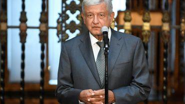 Le président élu du Mexique, Andrés Manuel López Obrador, lors d'une conférence de presse au Palais national après un entretien avec le président sortant Enrique Peña Nieto, le 3 juillet 2018 à Mexico