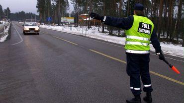 Sur la route reliant les capitales d'Oslo et de Stockholm, un nouveau système de vérification digitale a été mis en place dans le but d'accélérer voir même de passer outre le processus de douane à la frontière.