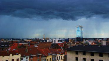 Les nuages et la pluie font leur retour dimanche