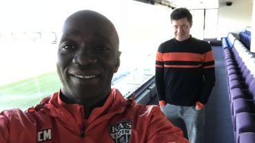 Claude Makelele se livre au petit jeu du selfie